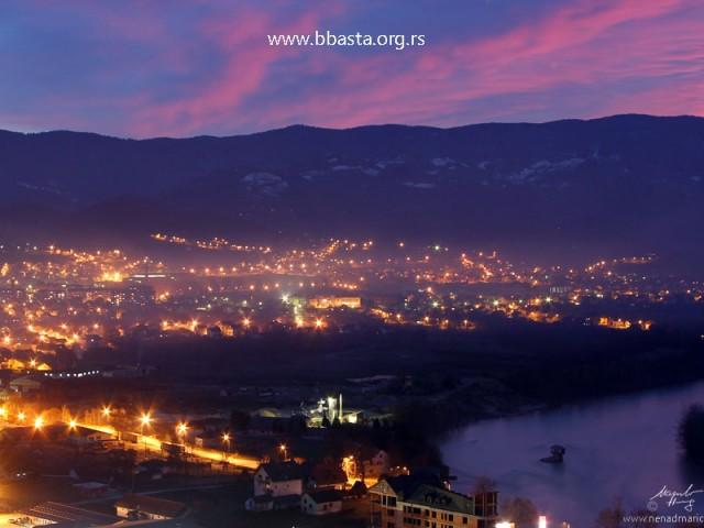 Bajina Basta – panorama pred mrak