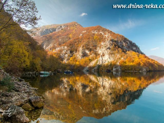 Jezero Perucac u novembru